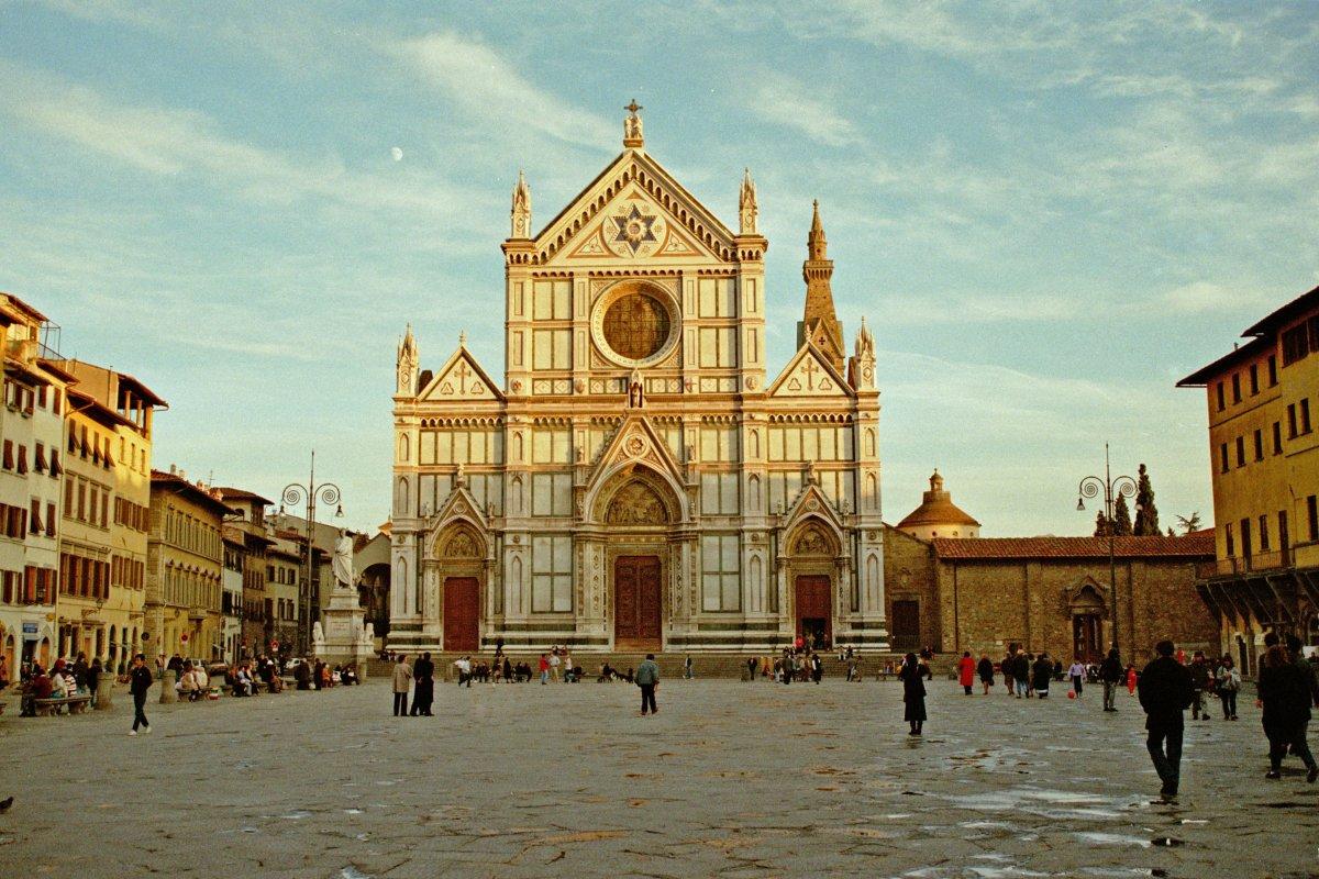 Най-доброто от Италия - Милано - Генуа - Пиза - Флоренция - Сиена - Орвието - Рим, със самолет, на български език