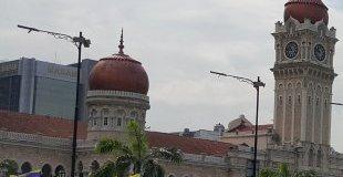 Куала Лумпур и Сингапур с водач от България