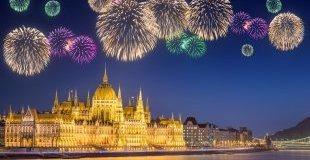 Новогодишни празници в Централна Европа - със самолет и обслужване на български език!