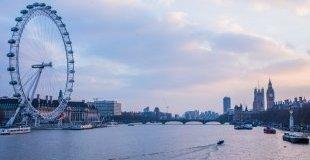 Мартенски празници в Лондон - със самолет и обслужване на български език!