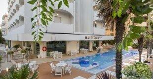 Почивка в ИТАЛИЯ - РИМИНИ, хотел Vittoria 4* - Специална ваканционна програма за туристи над 55 години & приятели!